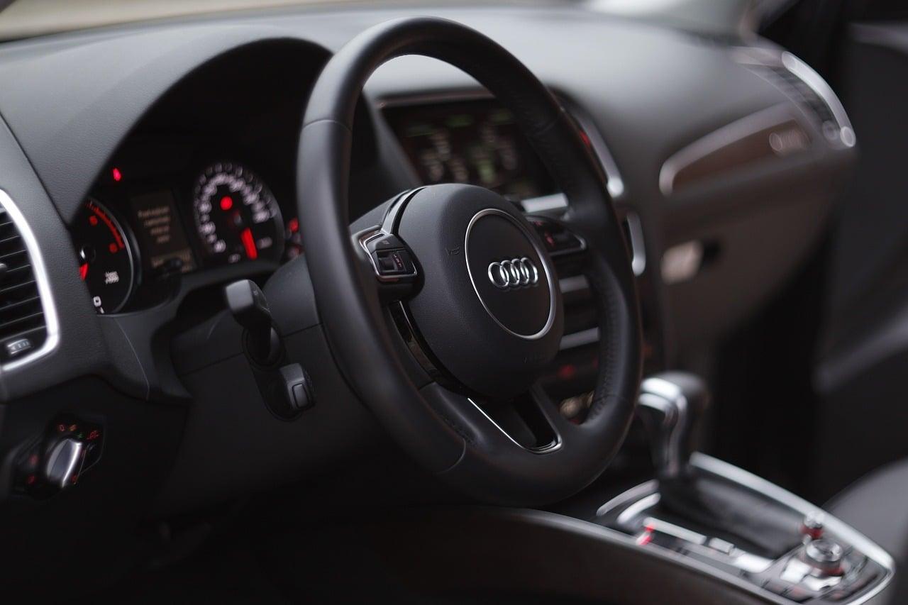 Jak sprawdzić samochód przed zakupem rzeczoznawca