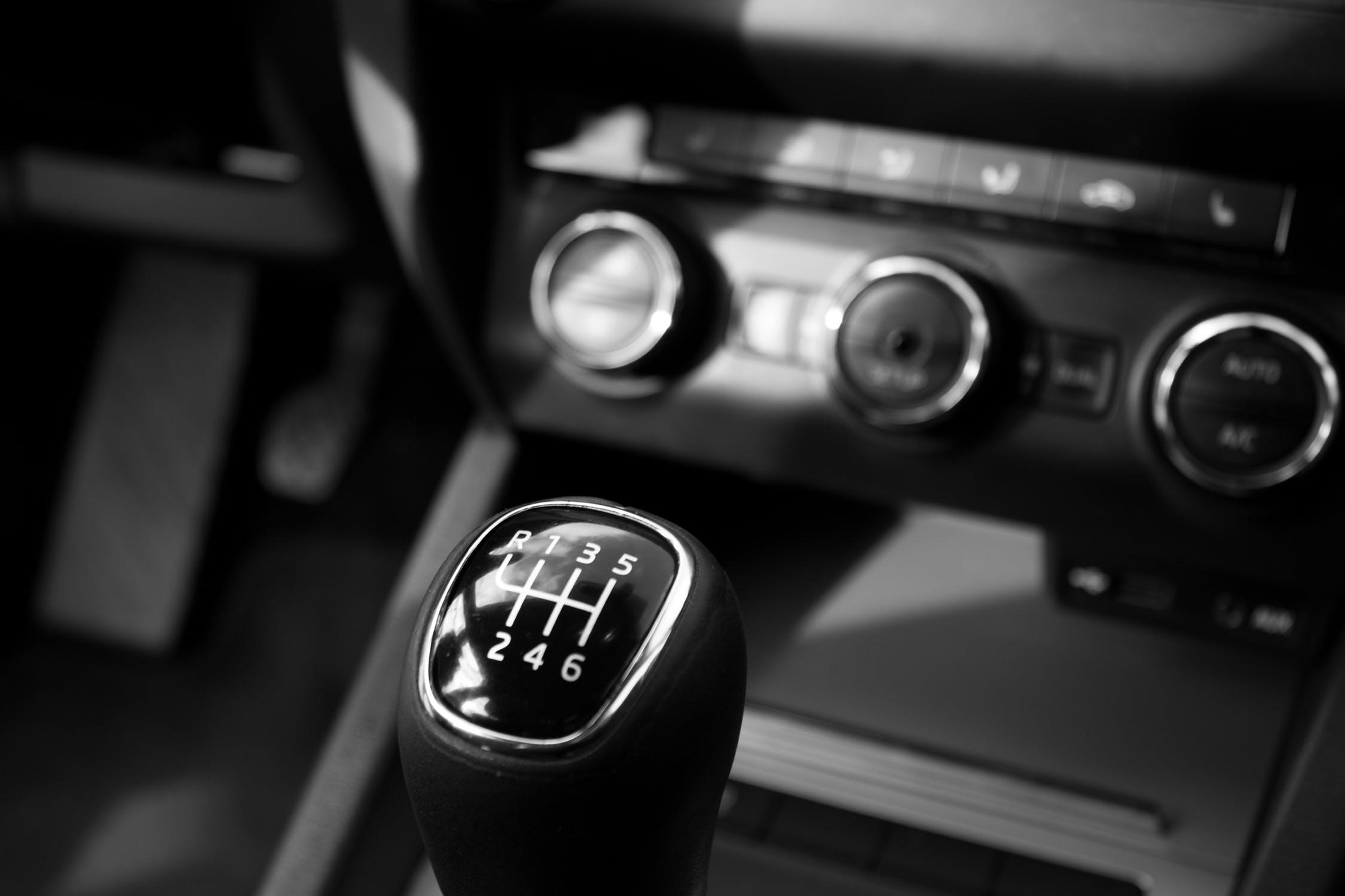 Ekspert motoryzacyjny Łódź sprawdzenie samochodu